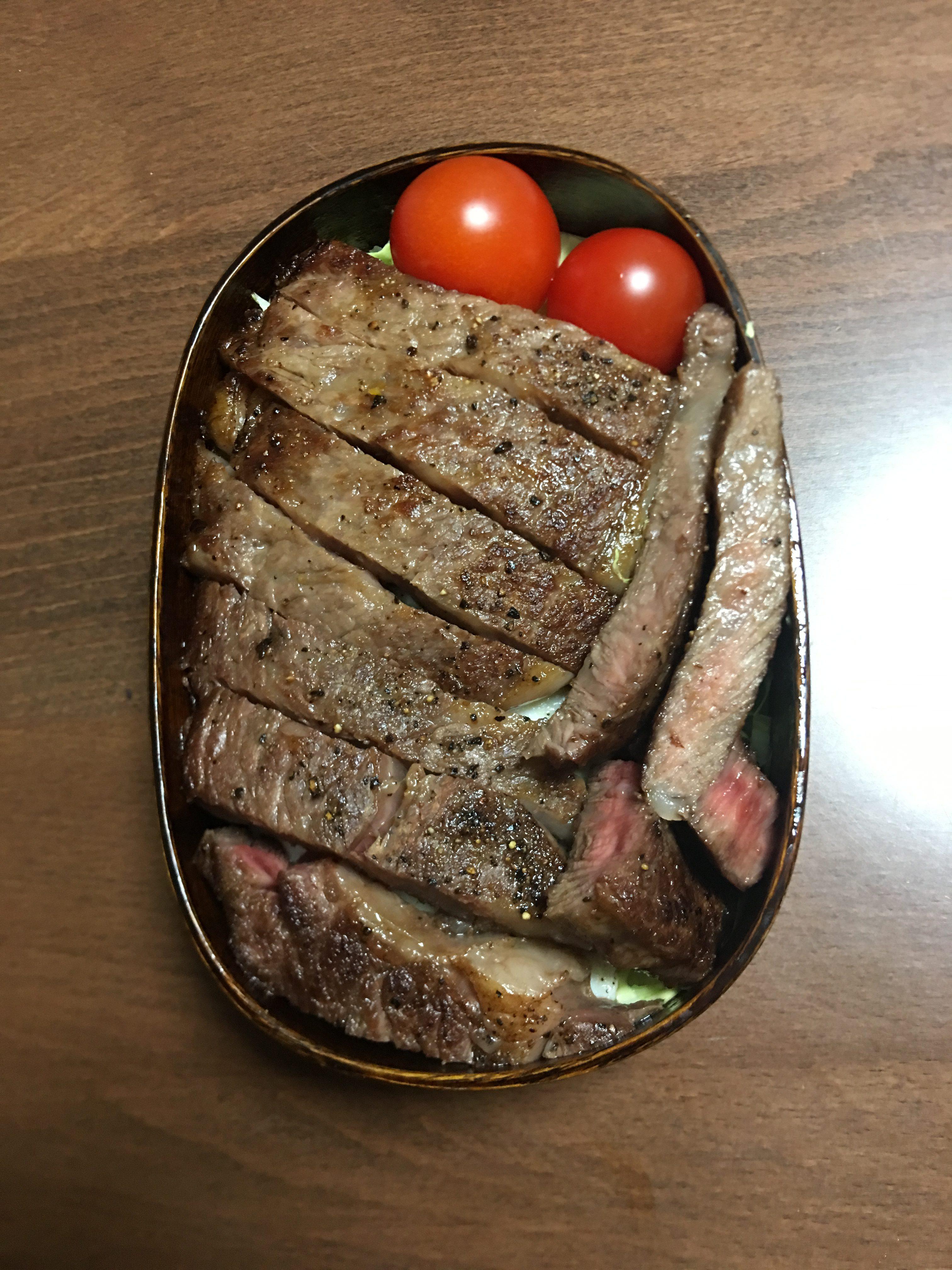 ステーキ弁当/上原ひろみ